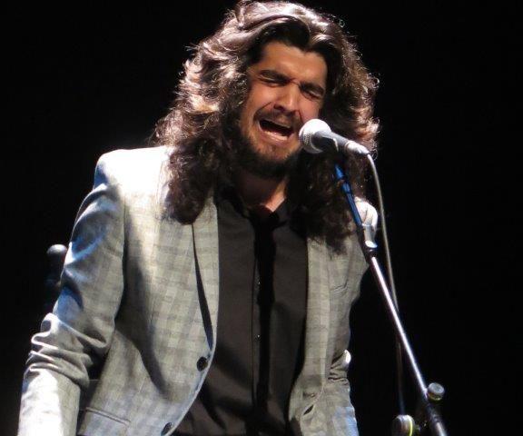 Israel Fernández, voz flamenca para al anuncio del Sorteo Cruz Roja