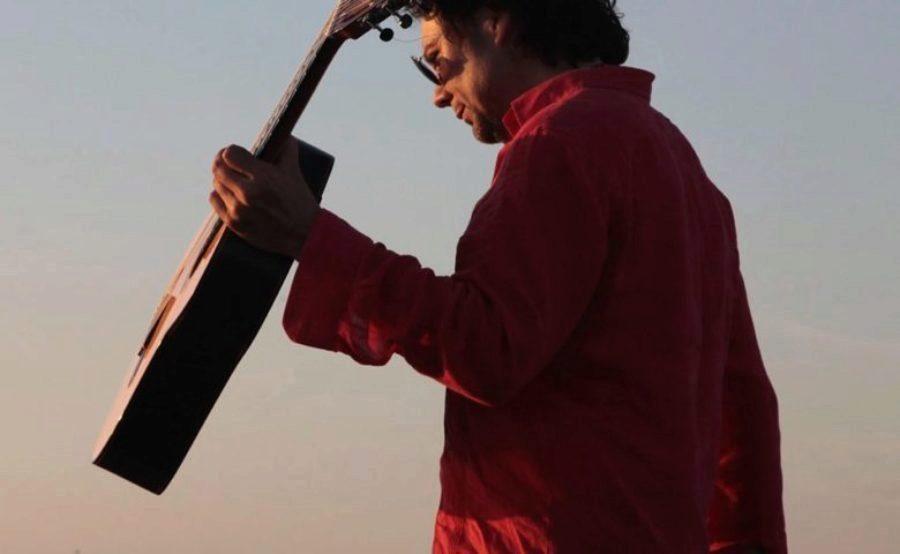 """Fraskito sobre su disco Leche Negra: """"Son años de investigación con un instrumento nuevo, mi guitarra de 7 cuerdas"""""""
