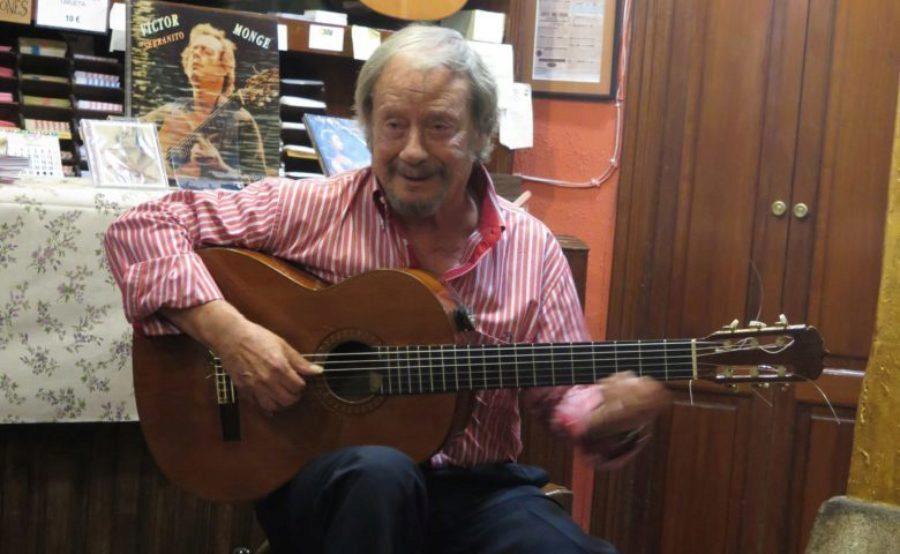 """Victor Monge """"Serranito"""", Maestro por excelencia de la guitarra recibe la Medalla de Oro al Mérito de las Bellas Artes"""