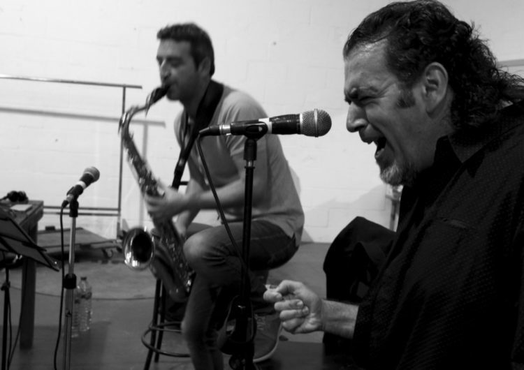 Nîmes celebra el nuevo trabajo de David Lagos, Hodierno
