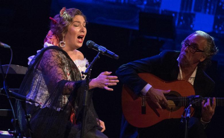 #FlamencoEnCasa con documentales de cine flamenco gratis