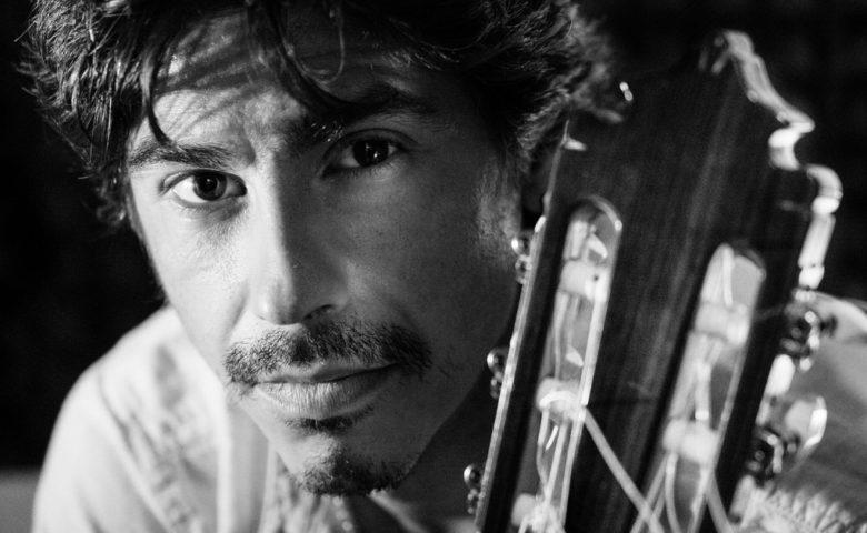 """Crowdfunding para lanzar """"Humano"""", lo nuevo del guitarrista Luis Dávila"""